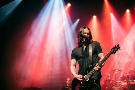 Any last minute questions for Myles Kennedy?
