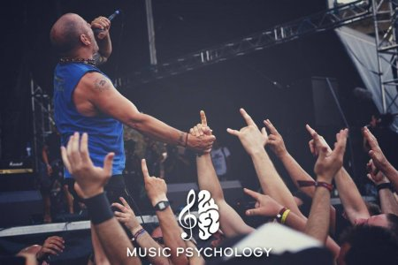 Music Psychology E01 – Intro & Behavior On Festivals