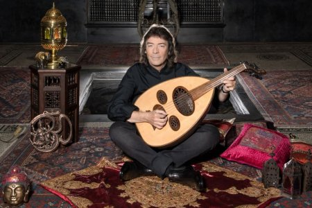 The Top 10 Albums Of Steve Hackett